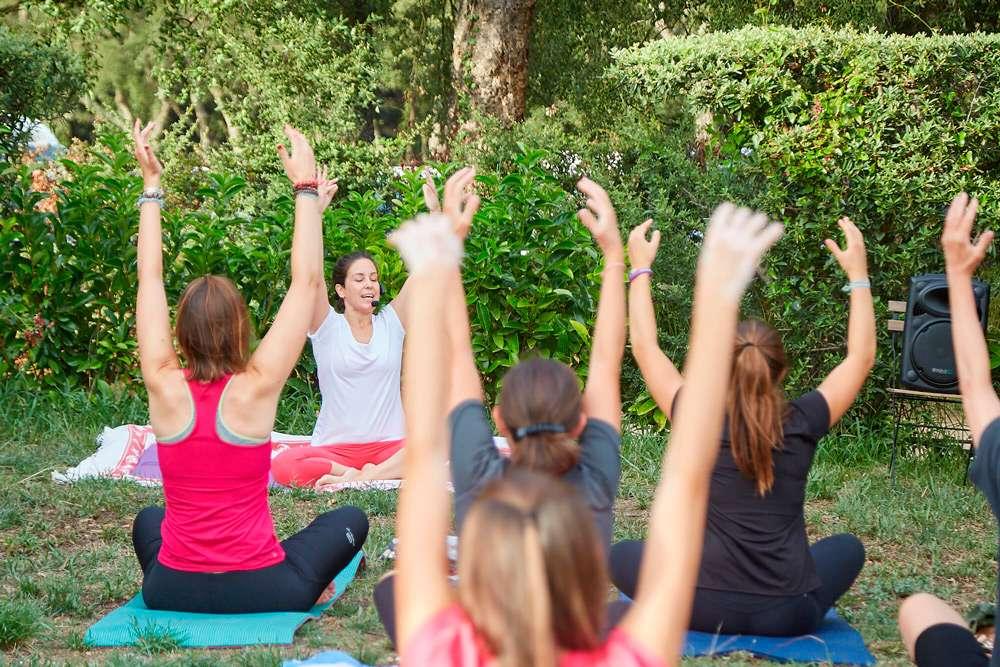 yoga en familia la Santa